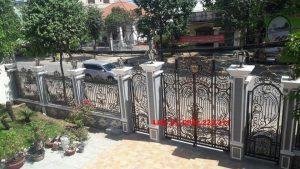 Cửa cổng sắt mỹ thuật đẹp giá rẻ tại Hải Dương