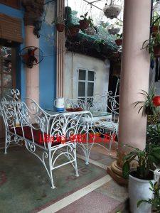 bộ bàn ghế sắt mỹ thuật nhà vườn đẹp