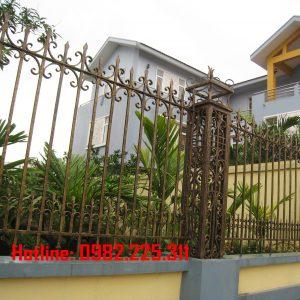 Hàng rào sắt mỹ thuật HR-09