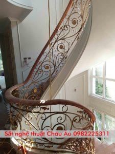 cầu thang sắt nghệ thuật đẹp tại bắc giang