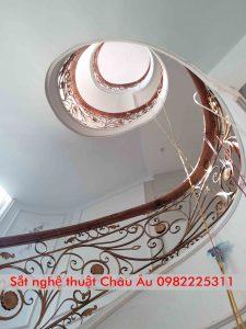 Cầu thang sắt mỹ thuật đẹp giá rẻ tại Hải Dương