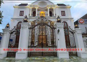 cửa cổng biệt thự sắt nghệ thuật tại tỉnh phú thụ
