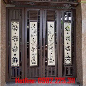 Cửa cổng sắt CNC mỹ thuật đẹp CC-13