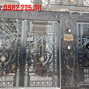 Cửa cổng sắt CNC mỹ thuật đẹp CC-21