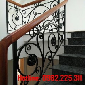 Cầu thang sắt mỹ thật CT-14
