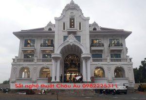 Cửa cổng sắt mỹ thuật cao cấpTại Bắc Ninh