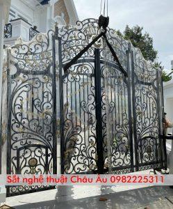 cửa cổng sắt mỹ thuật đẹp tại hà nội