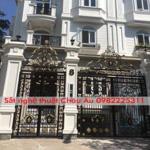 Cửa cổng sắt nghệ thuật Hà Nội – Cổng sắt 2 cánh mỹ thuật Hà Nội