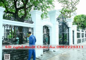 cửa cổng tân cổ điển