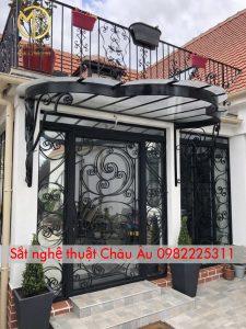 Cửa cổng 4 cánh sắt nghệ thuật đẹp tại Thanh xuân Hà Nội