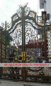 bộ cửa cổng đẹp sang trọng