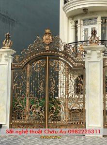 bộ cổng sắt mỹ thuật đẹp