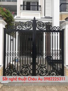 mẫu cửa cổng sắt đẹp đơn giản