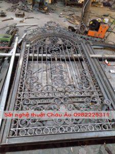 cách làm ban công cửa cổng tại Bắc Giang