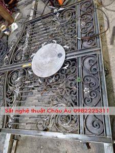 Hướng dẫn làm cửa cổng sắt mỹ thuật tại Quảng Ninh