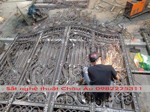 Hứng dẫn làm cửa cổng sắt mỹ thuật cao cấpTại Bắc Ninh