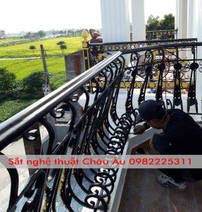 Lan can ban công sắt mỹ thuật cao cấpTại Bắc Ninh