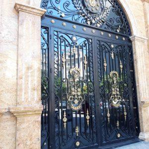 Mẫu cổng sắt nghệ thuật – Cửa sắt mỹ thuật đẹp