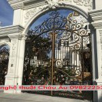 Cửa sắt nghệ thuật Hà Nội- cổng sắt nghệ thuật đẹp nhất 2021