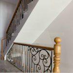 lan can cầu thang sắt nghệ thuật đẹp sang trọng
