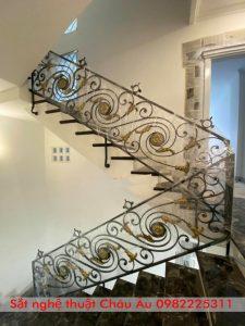 lan can cầu thang sắt mỹ nghệ