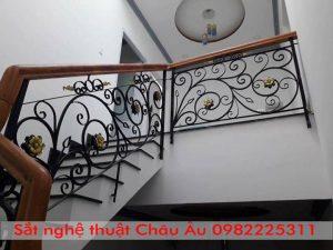 Cầu thang sắt nghệ thuật Châu âu