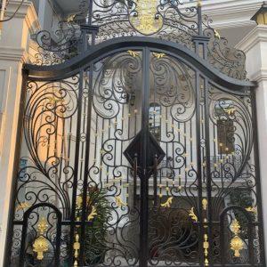 Mẫu cổng sắt tân cổ điển đẹp nhất mọi thời đại