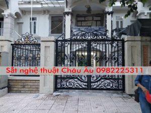 Mẫu Cửa cổng Sắt Nghệ Thuật Đẹp Hà Nội