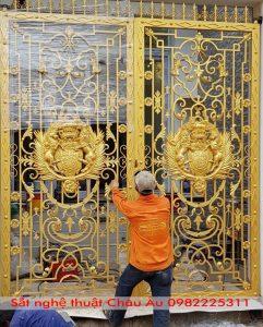 Mẫu cổng biệt thự tân cổ điển đẹp