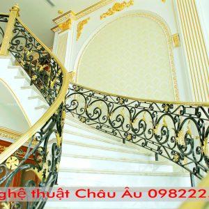 Những mẫucầu thang sắt mỹ thuậtphù hợp với phong cách thời đại